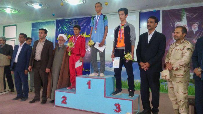کسب مقام اول مسابقات دوی صحرانوردی نوجوانان استان کرمان توسط دانش آموز ورزشکار شهرستان کوهبنان