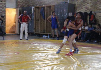 مسابقات کشتی نوجوانان بخش طغرالجرد شهرستان کوهبنان به مناسبت هفته دولت