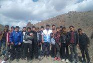 گردش علمی،ورزشی دانش آموزان مدرسه حقانی به آبادی قدرت آباد بخش طغرالجرد شهرستان کوهبنان