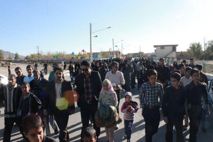 پیاده روی خانوادگی روستایی به مناسبت هفته تربیت بدنی و سلامت  روستای جور مهرماه ۹۷