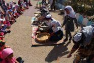 جشنواره نان ، حرکت و برکت به مناسبت هفته تربیت بدنی و ورزش دردهستان جور شهرستان کوهبنان برگزار شد.