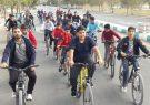دوچرخه سواری شهرستان کوهبنان و به مناسبت هفته تربیت بدنی و سلامت برگزار شد