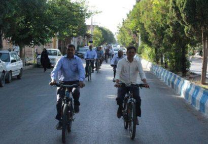 همایش دوچرخه سواری همگانی شهرستان کوهبنان با حضور فعال سالمندان به مناسبت سالروز تاسیس بهزیستی