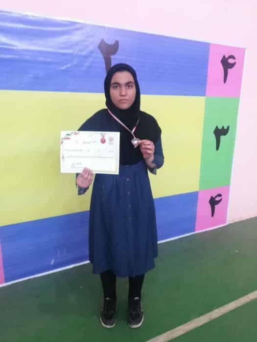 کسب مدال برنز و راهیابی به مسابقات کشوری توسط جوان هندبالیست کوهبنانی