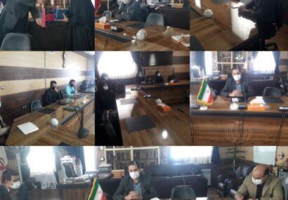 دیدار اعضای موسسه فرهنگی هنری توتیای بام کویر با مهندس سالاری فرماندار شهرستان کوهبنان