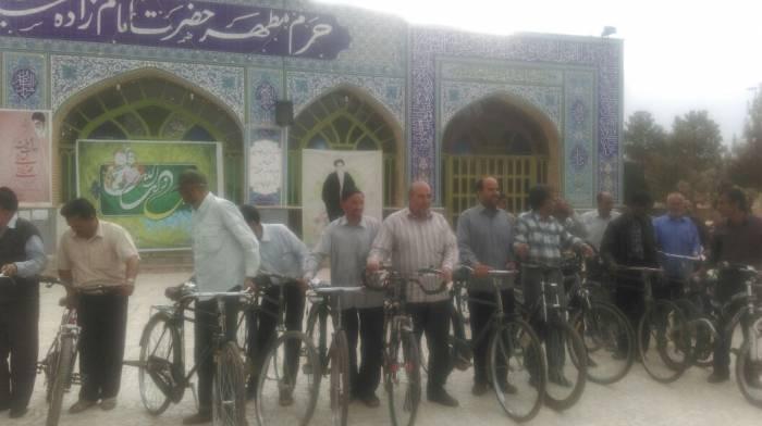 برگزاری همایش دوچرخه سواری پدربزرگ ها