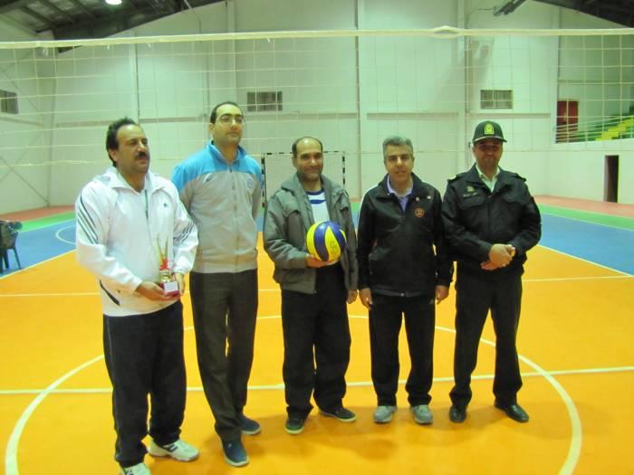 مسابقات والیبال کارمندان ادارت به مناسبت هفته وحدت